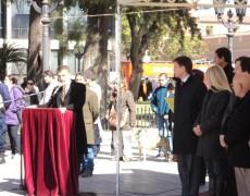 Tributo a la Independencia de India frente al Cabildo Histórico y la Catedral de Córdoba