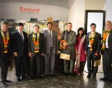 El Cónsul Dr Sergio Lais Suárez junto al ministro Padula visitó la empresa Emcure en la India